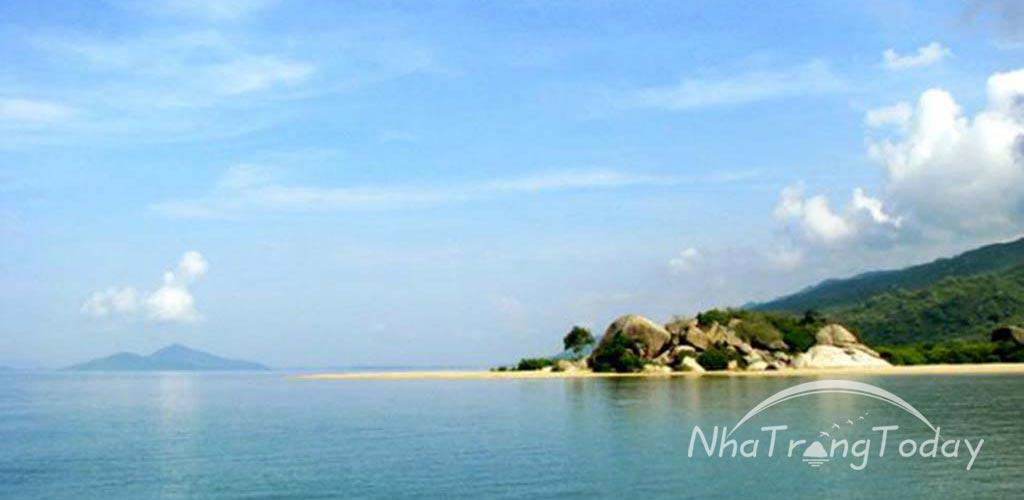 TOUR DU LỊCH: NHA TRANG – ĐẦM NHA PHU – SUỐI HOA LAN – VINPEARL LAND