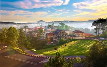 AN EXOTIC MOUNTAIN RETREAT IN DA LAT