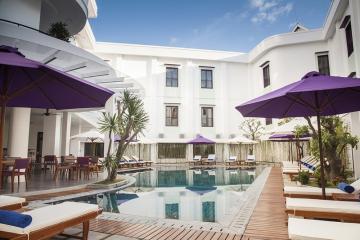 EMM hotels