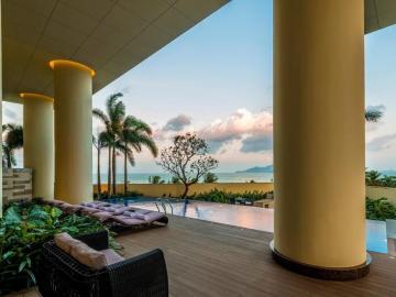 The Costa hotel